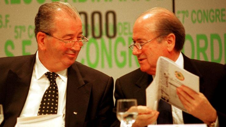 Blatter y Grondona, socios en la FIFA y su expansión (foto vía vozpopuli.com)