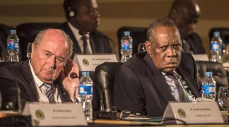 África apoya a Blatter por conveniencia, contra la UEFA