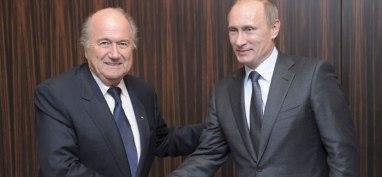 Blatter buscará aprovechar el enfrentamiento entre EEUU y Rusia para enfrentar la tormenta